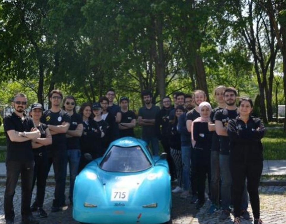 İstanbul Teknik Üniversite'li (İTÜ) öğrenciler